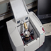 uses attenuated total reflectance to examine samples with minimal preparation.